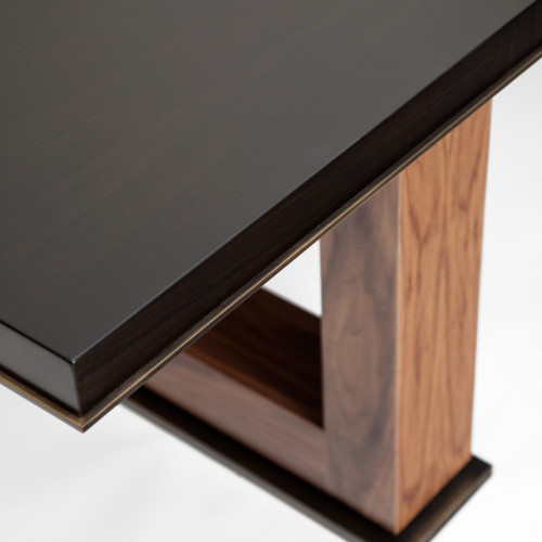 Arman Dining Table Detail 02