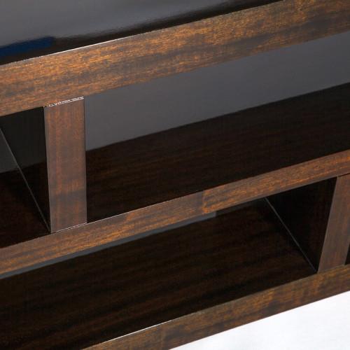 table-harrison-detail-3
