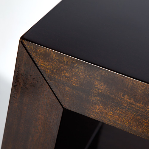table-harrison-detail-5